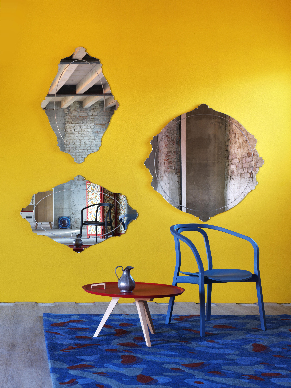 Arredare con gli specchi eleganti e gli specchi moderni