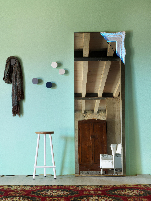 Arredare con gli specchi eleganti e gli specchi moderni - Arredare soggiorno rettangolare ...